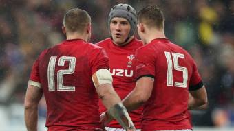 Wales bring back the big boys for France quarter-final