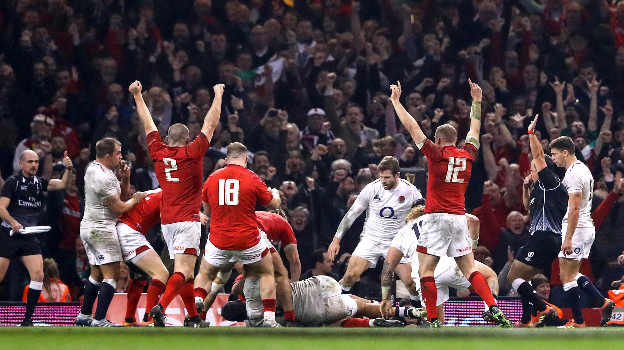 Hill's try rewards relentless Wales in Cardiff