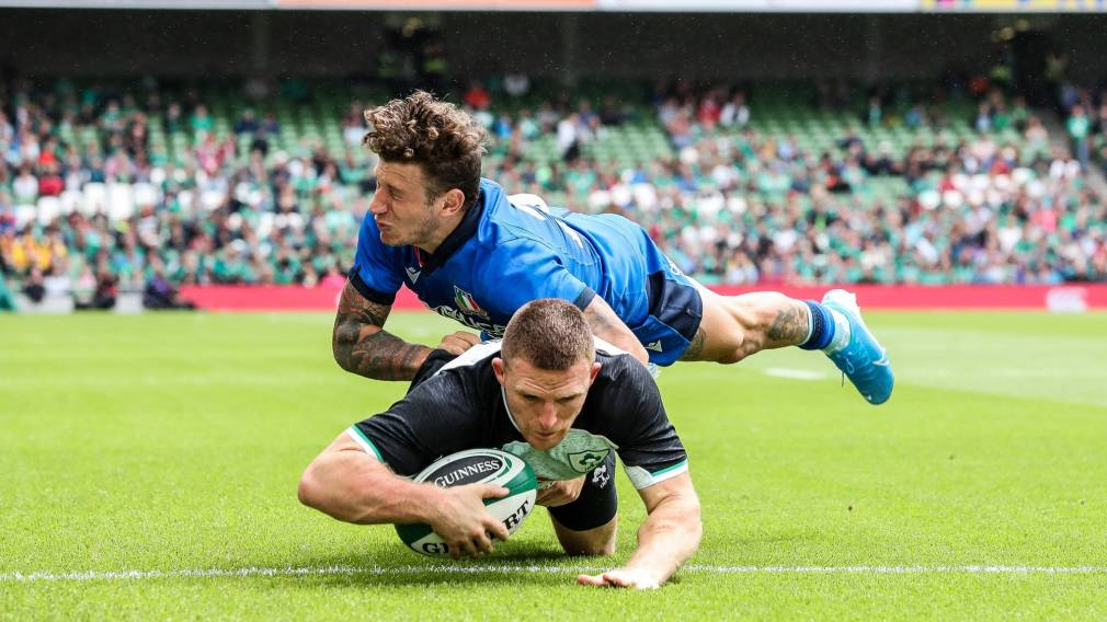 Ireland come through strong to see off Italy
