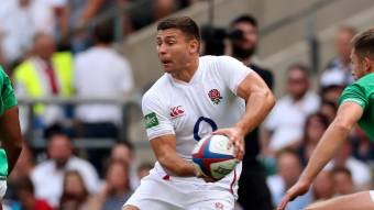 England on a roll after Italy success