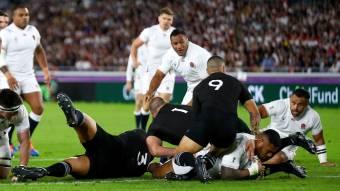 Un'Inghilterra brillante supera la Nuova Zelanda per raggiungere la finale della Coppa del Mondo