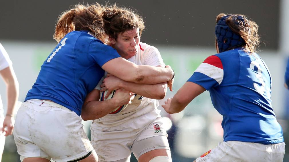 Captain's display sees Hunter lead England to victory in France