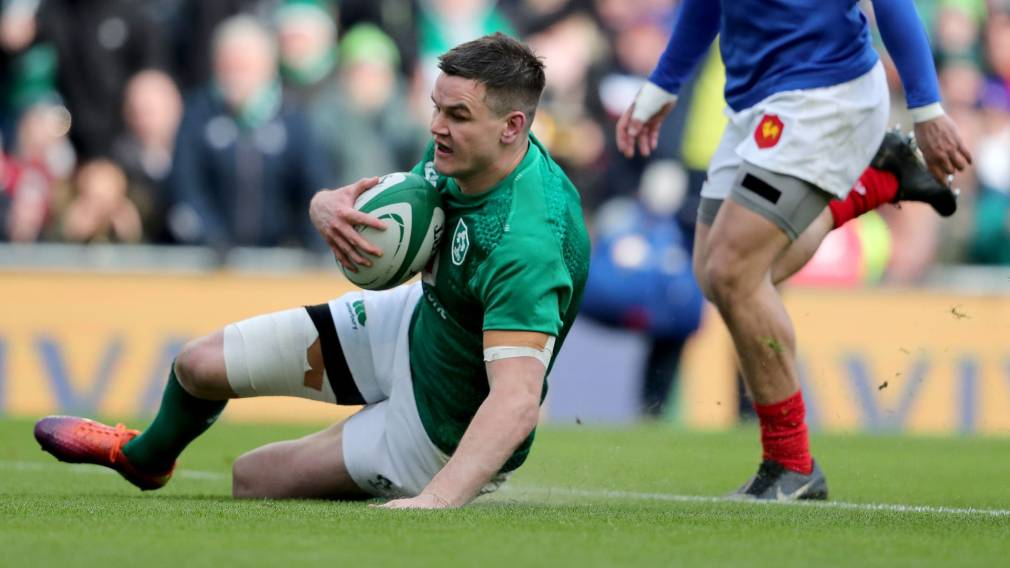 Sexton named Ireland captain in Farrell's first squad