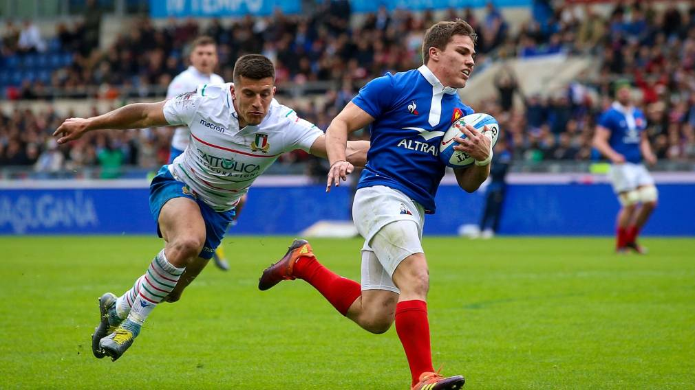 Two uncapped players in fresh-faced France side
