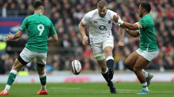 Which forwards have kicked furthest in this year's Guinness Six Nations?