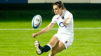 Last-gasp Scarratt kick gives Red Roses dramatic late victory