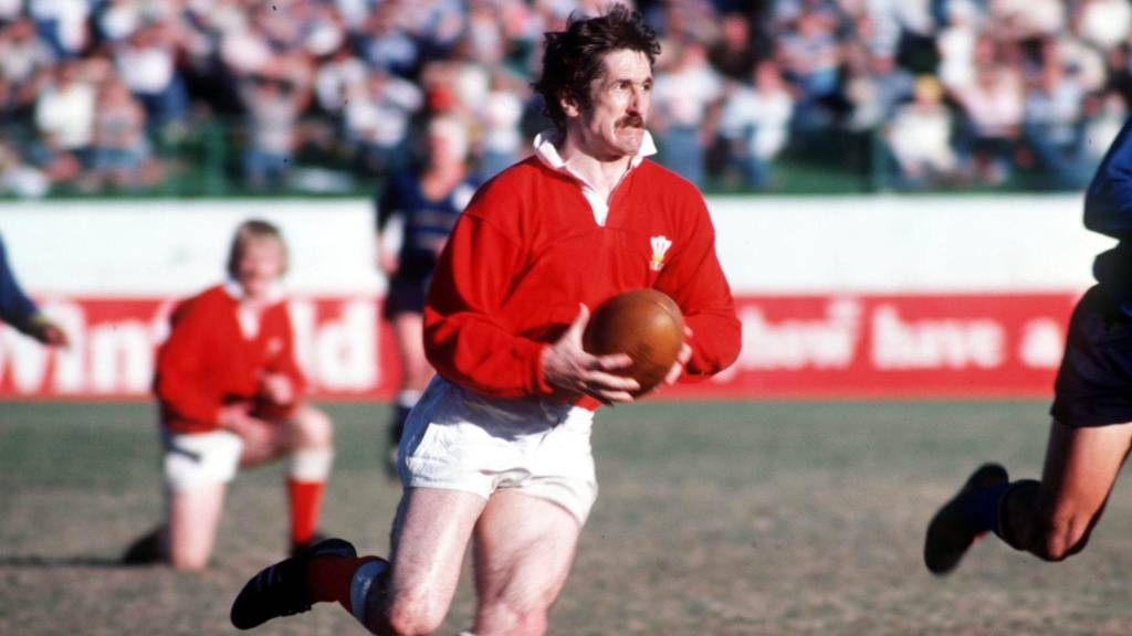 Gerald Davies helped Wales win a Triple Crown