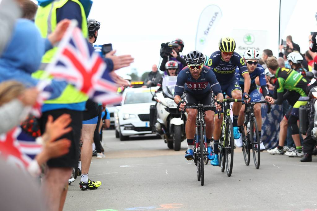 Downing JLT Condor SKODA King of the Mountains crowds