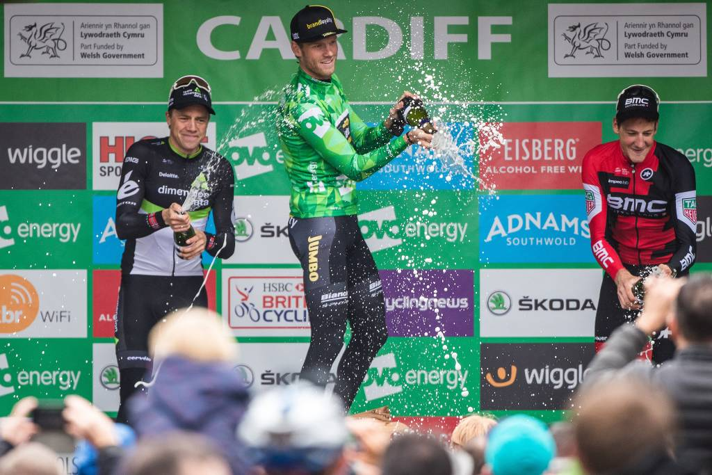 Lars Boom OVO Energy Green Jersey Podium Cardiff Stage 8 Champagne 2017