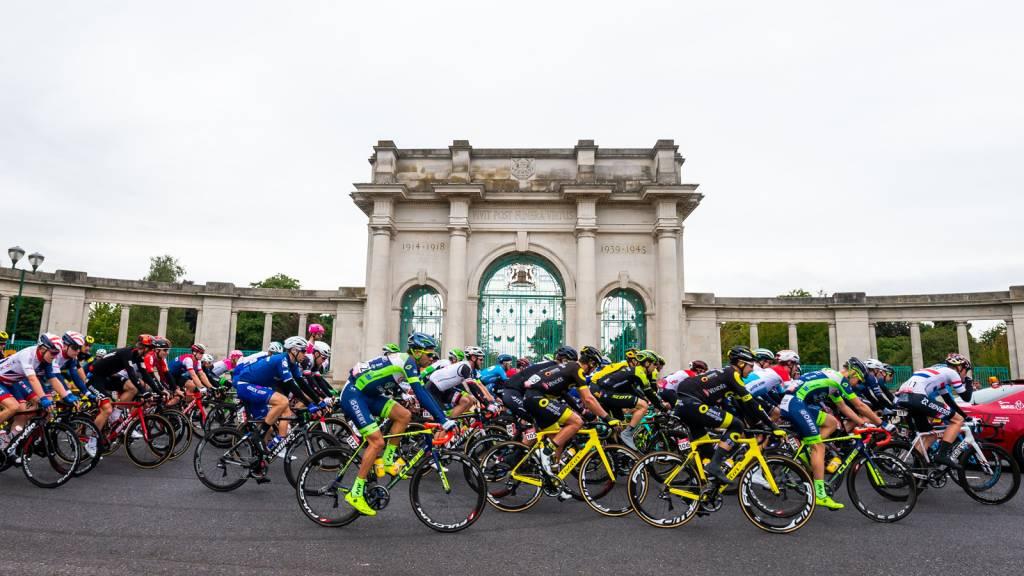 Nottingham Tour of Britain memorial photo