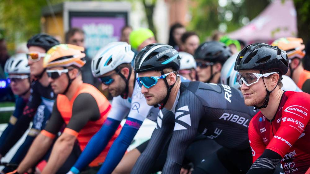 Tour Series Motherwell Live
