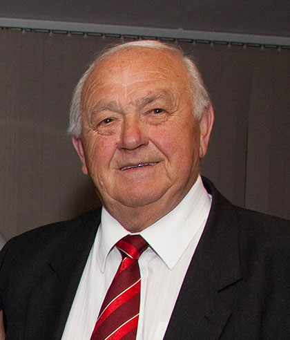 Clive Rowlands