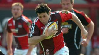 Six try Scarlets back to winning ways