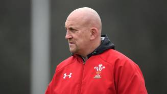 Edwards aiming to stop Italy talisman in his tracks