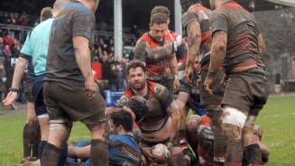 Jeune ends year with four try haul
