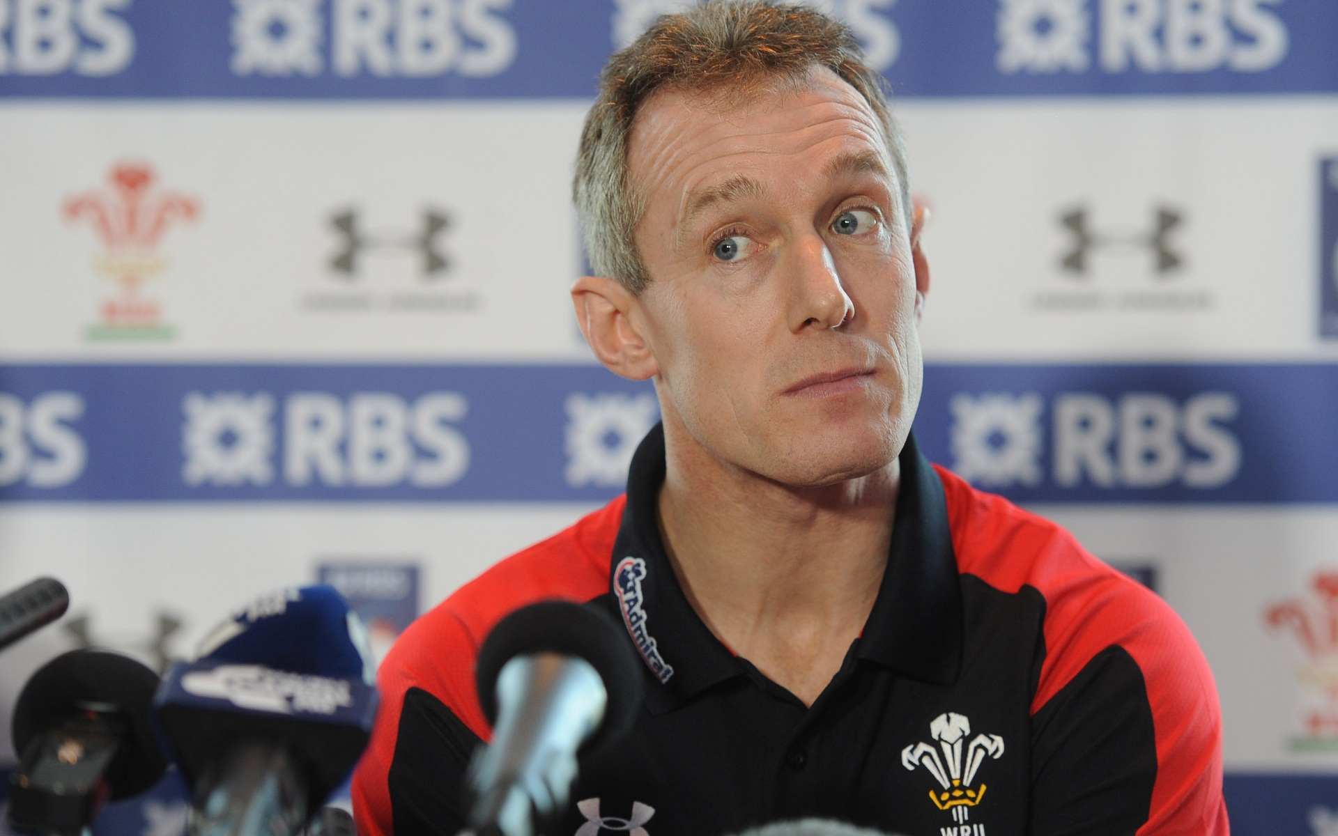 Line-out vital says Howley