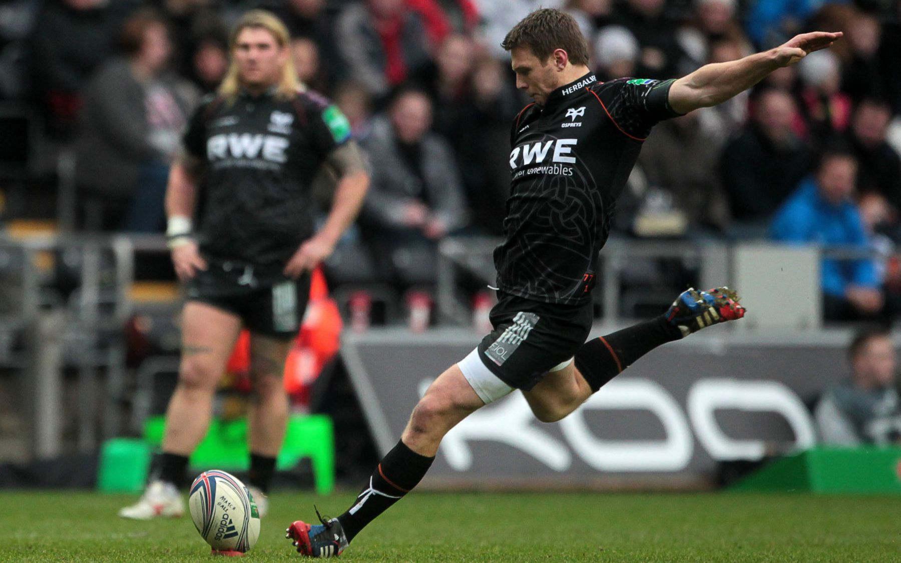 Biggar revelling in half-back partnership
