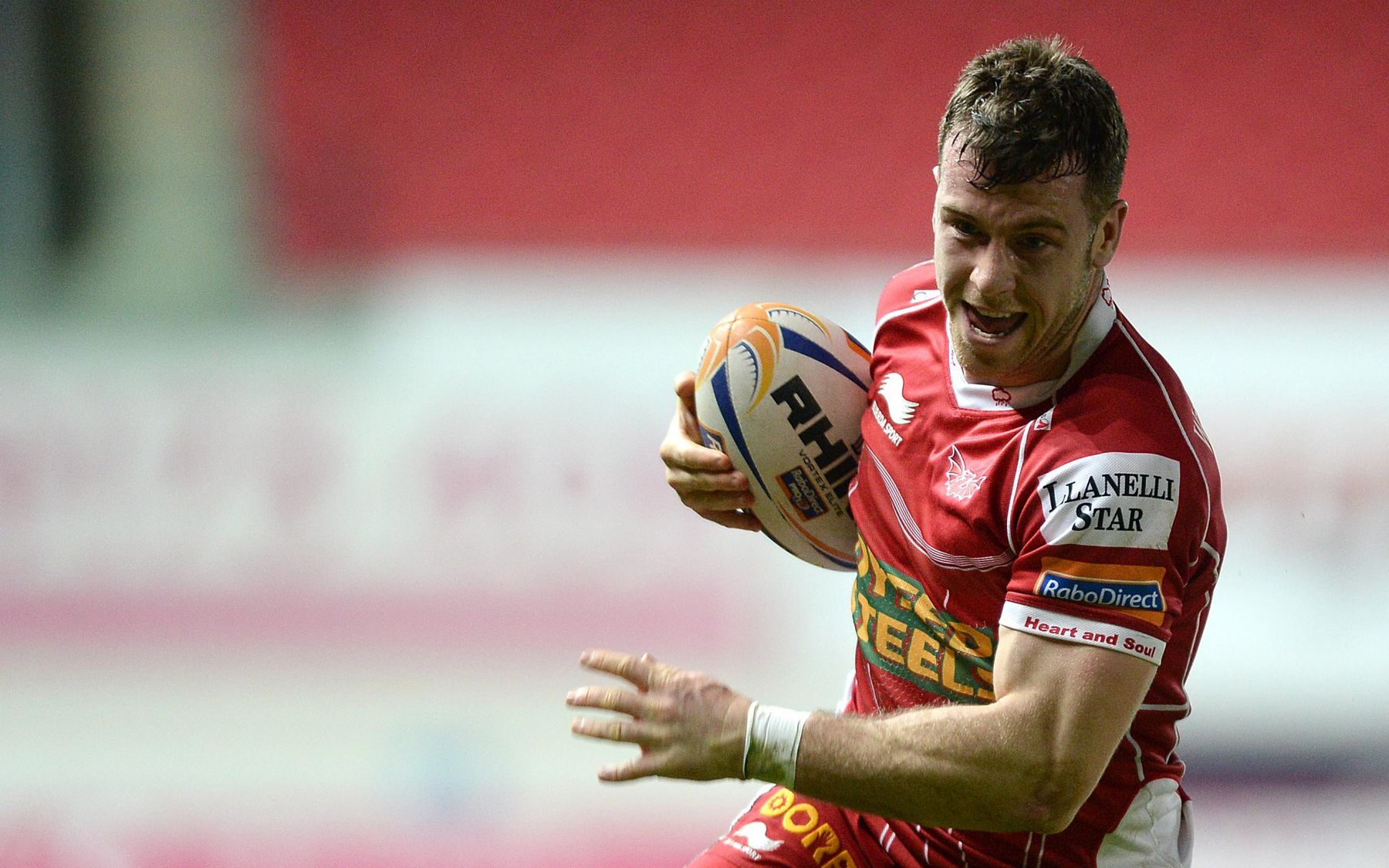 Davies returns in Llanelli romp