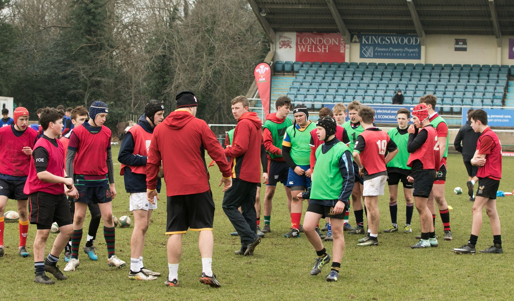 Exiles launch new set of camps