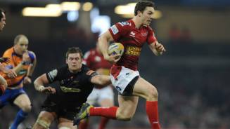 Scarlets douse Dragons' fire