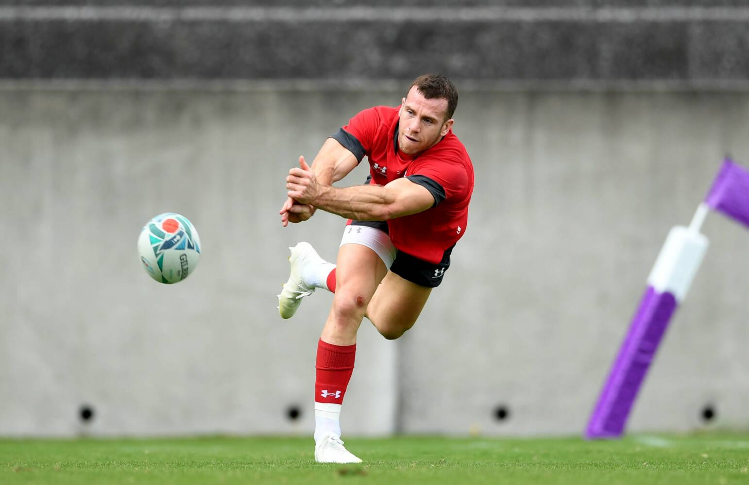 Davies thrives on scrum-half competition