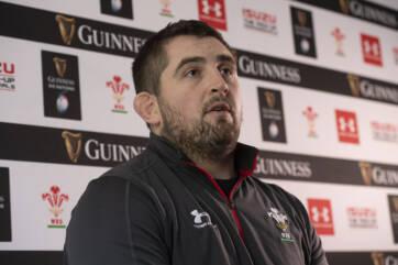 Wyn wants high-tempo Wales on Saturday