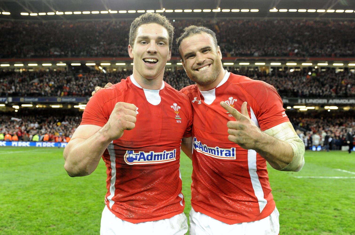 Jamie Roberts joins George North in live commentary for charity