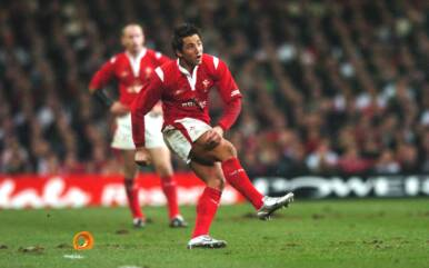 Henson's heroics re-lived as S4C re-run Wales v England