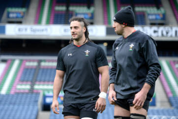 Navidi and Tipuric set for huge back-row battle