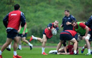 Davies and Scarlets ready to rock in Toulon