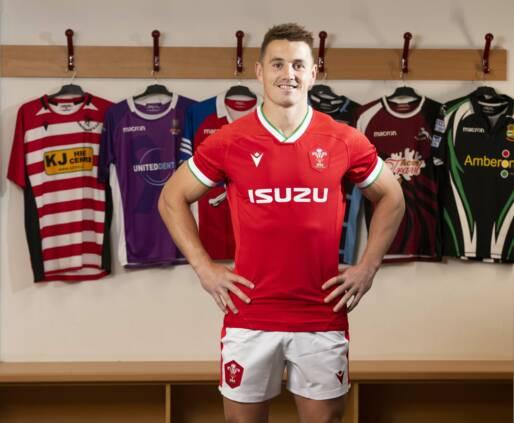Gethin Jenkins joins Wales coaching team