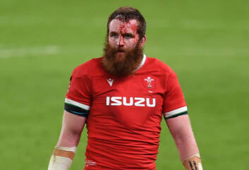 Ball to leave Scarlets and Wales for Australia