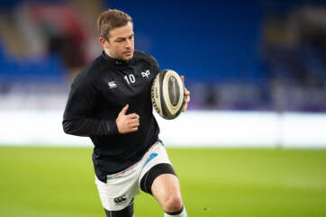 Myler worthy of new deal, says Booth