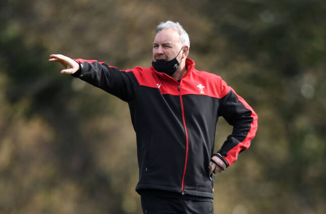 Wales team to face Italy in Rome