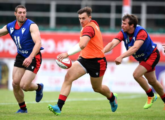 Quartet added to Wales squad