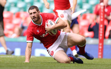 Holmes shows what he can do for Wales