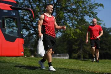 Davies and Wales target big finale