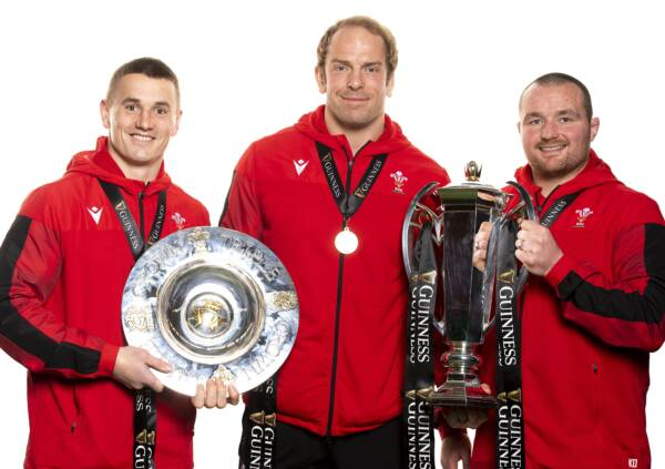 North signs extension deal with Ospreys and Wales