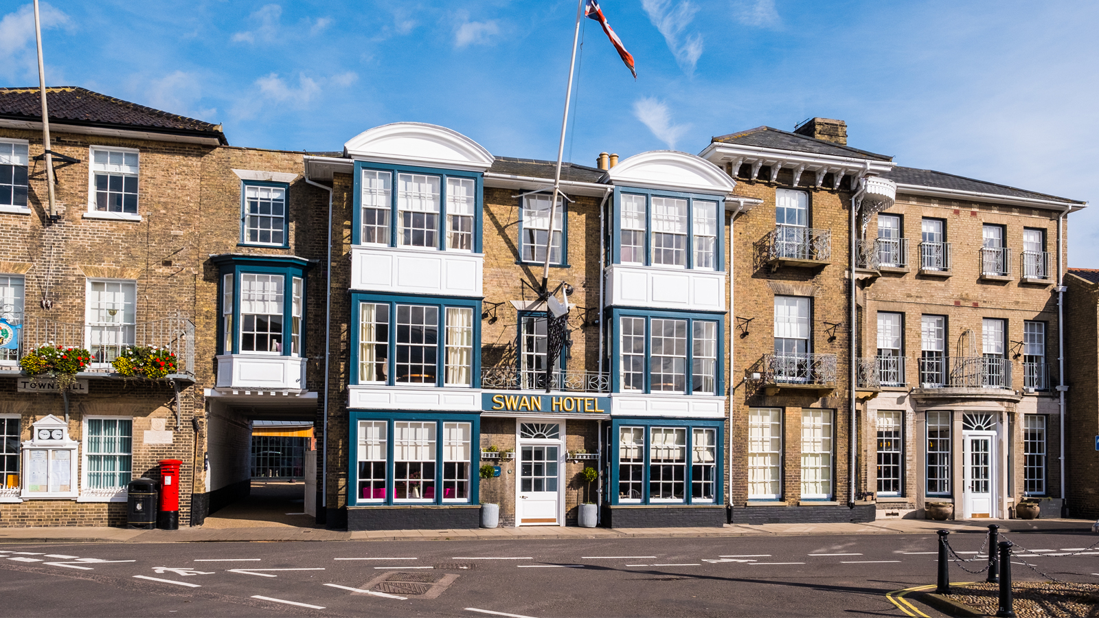Win a night at Adnams' Swan Hotel in Southwold!