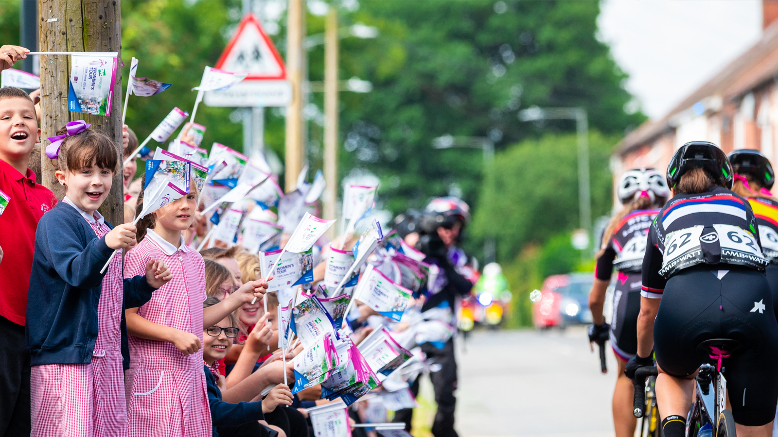 Women's Tour Flag Competition