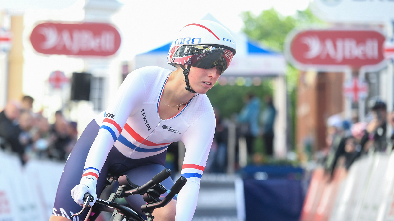 Alice Barnes in time trial action